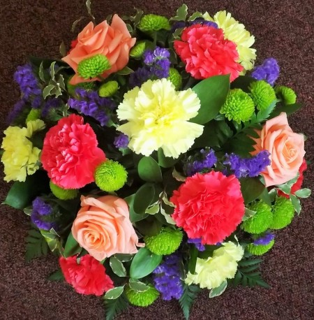 Vibrant posy arrangement